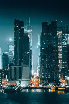 42nd St by @kostennn | newyork newyorkcity newyorkcityfeelings nyc brooklyn queens the bronx staten island manhattan