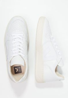 Veja V-10 - Trainers - extra white for £99.99 (08/12/16) with free delivery at Zalando