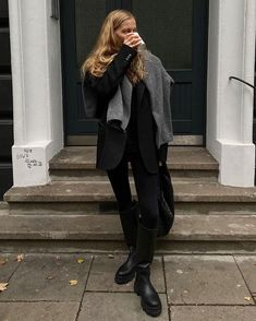My top 10 favourite influencer fashion looks of the week #InfluencerInspo #InfluencerFashion #mvb #marievonbehrens Mode Outfits, Casual Outfits, Fashion Outfits, Womens Fashion, Fall Winter Outfits, Autumn Winter Fashion, Look Formal, All Black Outfit, Mode Streetwear