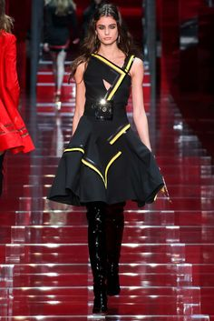 TAYLOR HILL  WALKS VERSACE FALL 2015 FASHION SHOW