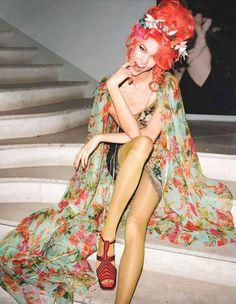 Karlie Kloss in Vogue UK, May 2012