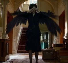 Big bird: Eva Green transforms into bird in the debut trailer for Miss Peregrine's Home Fo...