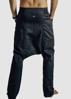 Drop crotch, button up, pockets for big things. Bum pocket for flat things. Change pocket, pen holder for little things. Fold cuffs up to reveal contrast lining. Available in Black. Modern Mens Fashion, Drop Crotch, Hand Embroidery Patterns, Modern Man, Jeans Pants, Button Up, Collars, Contrast, Cuffs