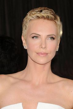 Charlize Theron, 2013