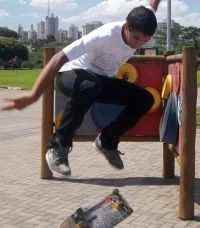 Manobra: BackSide Flip Parque Villa Lobos, São Paulo.