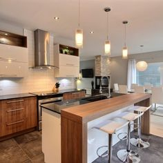 Best Kitchen Island Ideas – Functional and Inspired With Seating. Customize a kitchen island to suit your personal style, and make it even more rewarding to cook and entertain. Kitchen Tiles, Kitchen Colors, Kitchen Design, Luxury Interior Design, Interior Design Living Room, Rustic Kitchen, New Kitchen, Kitchen Island, Kitchen Interior