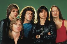 Journey early '80s  from left: Jonathan Cain, Ross Valory, Neal Schon, Steve Perry & Steve Smith