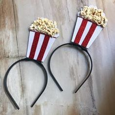 Popcorn Costume, Candy Costumes, Diy Costumes, Halloween Sewing, Pirate Halloween Costumes, Homemade Headbands, Bollywood Theme, Diy Hat, Movie Party