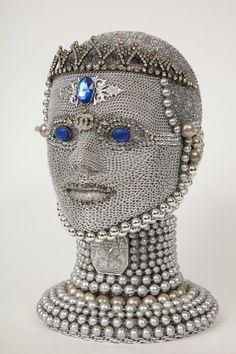 Jewelry Art, Vintage Jewelry, Jewelry Findings, Jewelry Crafts, Styrofoam Art, Welding Art Projects, Mosaic Projects, Mannequin Art, Metal Welding