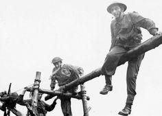Výcvik československých vojáků ve Skotsku. AUTOR: OSOBNÍ ARCHIV EDUARDA STEHLÍKA. Training of Czechoslovakian soldiers in Scotland.