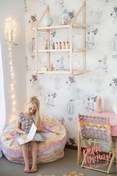 Girls Bedroom by Petite Vintage Interiors #kidsroom kids room #bedroomideas bedroom decor ideas #girlroom girl room www.circu.net