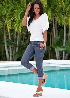 Need a casual Valentine's look? You can never go wrong with a cute capri! Venus embellished trim capri. #styleaffair