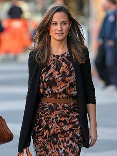 Stylish Pippa Middleton out and about in London in a great printed dress.
