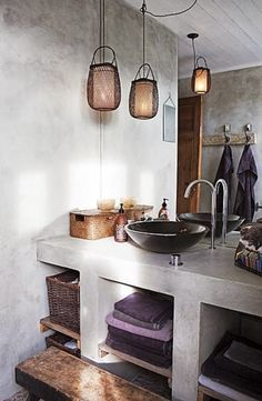 I'm a big fan of plastered aerated concrete shelving - you get that Italian, vintage look and it's something that you can do yourself i...