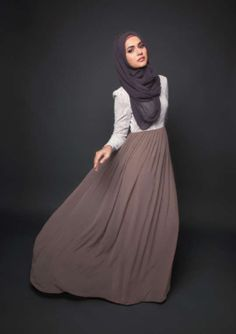 Taupe Maxi Skirt L/Sleeve White Blouse Grey Hijab #modeststyle #hijabi #fashion
