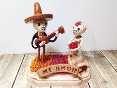 Skeleton Cake Topper - Sugar Skull Day of the Dead Wedding - Dia De Los Muertos - Mi Amor - by PigAndPumpkin