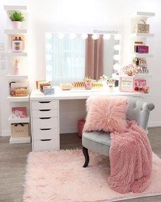 Bedroom Decor For Teen Girls, Cute Bedroom Ideas, Cute Room Decor, Girl Bedroom Designs, Teen Room Decor, Room Ideas Bedroom, Bedroom Wall, Teen Rooms Girls, Wall Decor