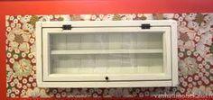 Kuvahaun tulos haulle vanhoista ikkunoista kaappi Bathroom Medicine Cabinet, Kitchen Appliances, Ovet, Diy, Furniture, Home Decor, Lighting, Diy Kitchen Appliances, Home Appliances