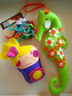 purses and toys made of felt - crafts ideas - crafts for kids