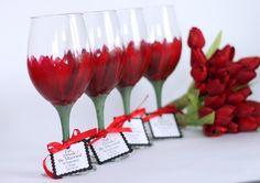 wedding gift #wineglasses #wine #giftideas