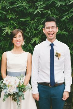 Beautiful home wedding with white and blue details // Tze Yip and Kai Hsin's Lovely DIY Backyard Wedding