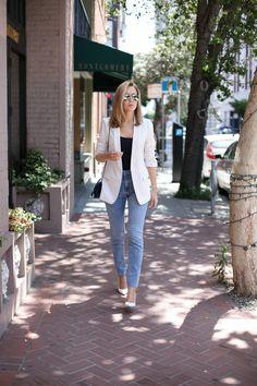 Memorandum.com | @maryorton rocking the timeless blazer, jeans and pumps look! More on her blog