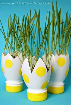 25 creative DIY ideas with beautiful pots to welcome spring - DIY - Reuse Plastic Bottles, Plastic Bottle Flowers, Plastic Bottle Crafts, Diy Home Crafts, Fun Crafts, Paper Crafts, Easter Crafts For Kids, Diy For Kids, Recycled Crafts