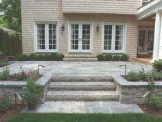 58 ideas raised patio steps railings for 2019 Stone Patio Designs, Backyard Patio Designs, Diy Patio, Backyard Landscaping, Landscaping Ideas, Patio Decks, Cozy Backyard, Patio Swing, Backyard Ideas