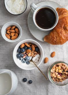 Top view of breakfast table with coffee By Edalin¡¯s photos , Breakfast Photography, Food Photography, Hotel Breakfast Buffet, Green Fruits And Vegetables, Table Top View, Coffee Photos, Chia Pudding, Summer Fruit, Vegan Breakfast