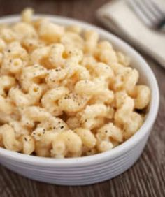 10 better-for-you mac 'n cheese recipes | via @SparkPeople #diet #food #pasta