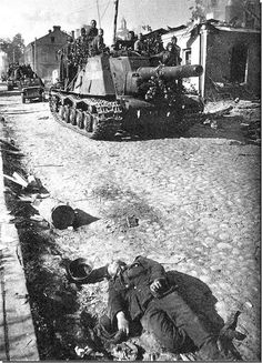 ISU-152 of 333 th guards heavy self-propelled artillery regiment on the streets of Polotsk. 3-4 July 1944.