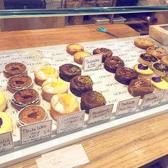This is amazing! A little spot in Paris with glutenfree crossaints muffins cakes and sandwiches. Noglu! You have to take a visit! More pictures will follow. All glutenfree! #glutenfree#noglu#glutenfreelife#gluten#sansgluten#glutenfritt#cafe#partisserie#cakes#glutenfrei#gf#likeforlike#health#workout#gym#glutenfreebakery#paris#healthyfood#glutenfri#senzaglutine#amazing by glutenfreelife_inspirational