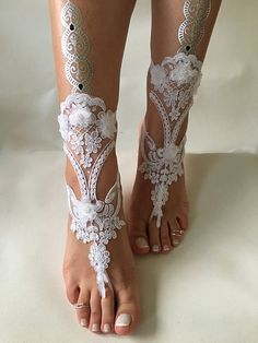 White lace barefoot sandals, FREE SHIP, beach wedding barefoot sandals, belly dance, lace shoes, wedding shoe, bridesmaid gift, beach shoes