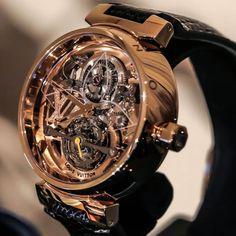 Nice watch louis vuitton