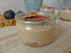 Petit pot de crème au lait d'amande et sa purée de figues vanillée
