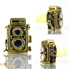 Rolleiflex Camera Ring: This wonderfully retro camera ring is in the form of a classic Rolleiflex. The pendant is around 1 inches high and has been hand painted in black enamel. US size