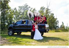country wedding | wedding party photos | grooms choice | wedding photography