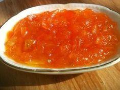Havuç Reçeli - Dilek Erol #yemekmutfak.com Havuç reçeli, görünümüyle ve tadıyla kahvaltı sofralarınızı renklendirecek çok özel bir tariftir. Kek ve kurabiyelerde de kullanabilirsiniz.