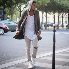 :layers, colors, casual weekend look. Street Chic, Street Wear, Street Style, Urban Fashion, Men's Fashion, Superstar Outfit, Outfits Hombre, Streetwear Men, Casual Weekend