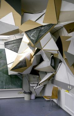 Featured Artists: Clemens Behr - Doodlers Anonymous #installation