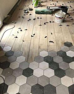 Realization Hexagonal Tiles in Lorient - An Oriant Soils Tile To Wood Transition, Transition Flooring, Floor Design, House Design, Hexagon Tiles, Kitchen Flooring, Granite Flooring, Home Renovation, Home Deco