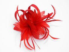 Schöner Blumenclip für Haar und Robe.Rot von Canela auf DaWanda.com