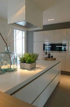 Top 94 Most Popular Kitchen Design Ideas Home Decor Kitchen, Kitchen Interior, Home Kitchens, Kitchen Diner Extension, Contemporary Kitchen Design, Kitchen Models, Küchen Design, Design Ideas, Cuisines Design