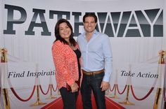 Scott McGillivray meeting one of our awesome attendees! Head to our website to register for events! #PathwayEvents