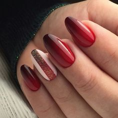 Ever Beautiful Red Hot Wedding Nail Art Designs Red Nail Designs 11 Of The Exceptional Red H. Burgundy Nail Designs, Red Nail Designs, Winter Nail Designs, Red Ombre Nails, Burgundy Nails, Burgundy Makeup, Red Nail Art, Nagellack Trends, Manicure E Pedicure