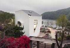 CONAN HOUSE (TOY HOUSE) by Moon Hoon