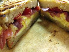 Pressed for dinner ideas? Panini to the rescue: King Arthur Flour – Baking Banter  (Also great pulled pork sauce listed under the comments)