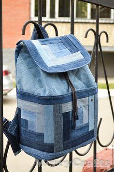Купить или заказать Джинсовый рюкзак в интернет-магазине на Ярмарке Мастеров. Стильный джинсовый рюкзак, будет удобен и в городе и в загородных путешествиях! Лямки регулируются по длине, кулиска со шнурком и магнитная застежка надежно укроют содержимое рюкзака. Лоскутная планка образует 3 кармана, которые закрываются на липучку. А главное: ни у кого нет такого!