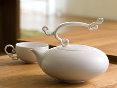 Most beautiful teapot ever.