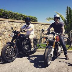 A great start to our visit to Wheels & Waves, a new T120 for Jamie and Merry, and a Thruxton R for me. Both apparently picked up from a certain Hollywood A-lister's house the day before. How posh. Cheers #triumph ...Shame it's nearly over and we have to give them back soon.